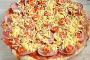 Пицца на кефире без дрожжей - фото шаг 10