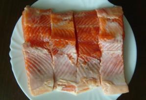 Красная рыба на пару - фото шаг 1