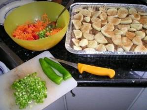 Свинина в фольге с овощами - фото шаг 3