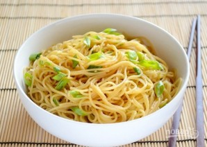 Спагетти с зеленым луком - фото шаг 6