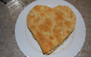 Закусочный торт из слоеного теста - фото шаг 10