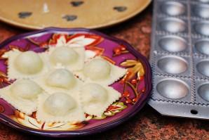 Равиоли со шпинатом в сливочном соусе - фото шаг 9