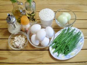 Пирожки с яйцом и зеленью - фото шаг 1