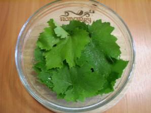 Виноградные листья на зиму - фото шаг 2
