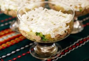Салат из печени трески слоеный - фото шаг 7