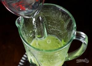 Зеленый соус из авокадо - фото шаг 5