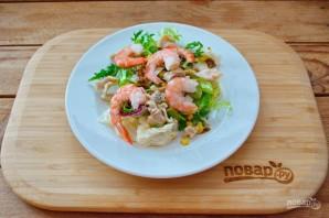 Салат из кальмаров и креветок - фото шаг 5