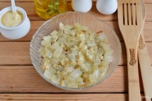 "Слоеный салат ""Пчёлкин"" - фото шаг 8"