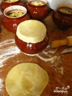Картошка с грибами в горшочках - фото шаг 4
