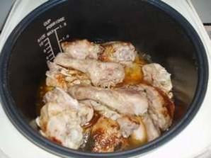 Куриные окорочка в мультиварке - фото шаг 6
