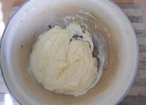 Тертый пирог со смородиной - фото шаг 3