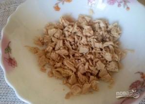 Салат из чернослива и курицы - фото шаг 1