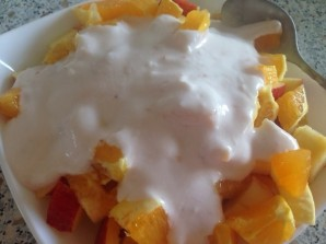 Салат из бананов и апельсинов - фото шаг 7