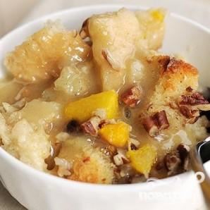 Хлебный пудинг с персиками и орехами - фото шаг 7