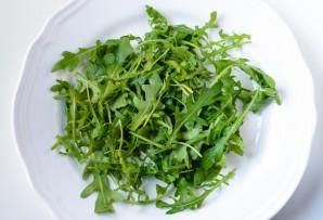 Салат с рукколой и семгой - фото шаг 1