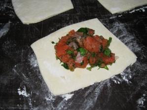 Пирожки с красной рыбой - фото шаг 4