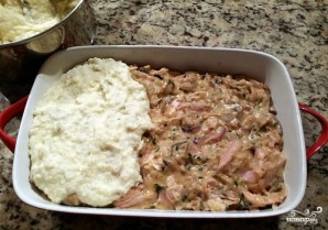 Картофельная запеканка с курицей и грибами - фото шаг 9