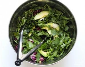 Салат с кедровыми орешками - фото шаг 6