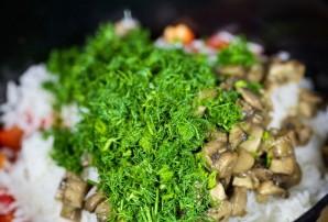 Салат с жареными грибами - фото шаг 7
