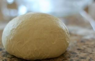 Сладкий пирог из дрожжевого теста - фото шаг 4