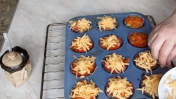 Мясные корзиночки с грибами - фото шаг 6