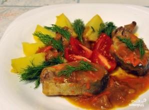 Горбуша, тушенная с овощами - фото шаг 6
