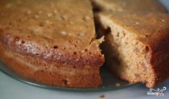 Быстрый пирог с вареньем в мультиварке - фото шаг 5