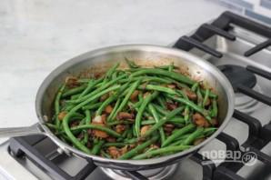 Салат из фасоли с грибами - фото шаг 7