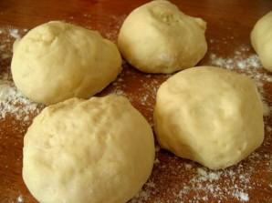 Пирожки духовые дрожжевые - фото шаг 10
