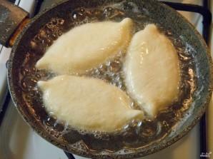 Пирожки с яйцами на кефире - фото шаг 12