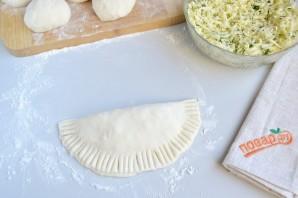 Вкусные кутабы с сыром и зеленью - фото шаг 8