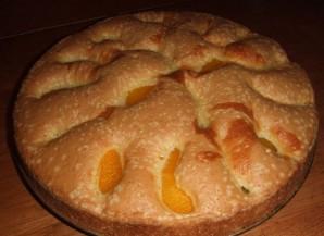 Шарлотка с яблоками и персиками - фото шаг 4