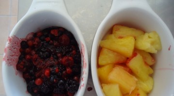 Открытый пирог с замороженными ягодами - фото шаг 2