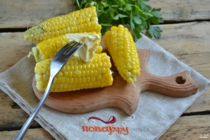 Запеченная кукуруза в мультиварке - фото шаг 4