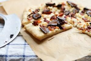 Пицца с беконом и инжиром - фото шаг 9