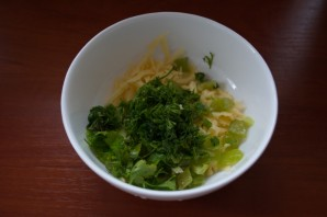 Салат с перцем и сыром - фото шаг 3
