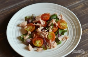 Вкусный салат с тунцом - фото шаг 2