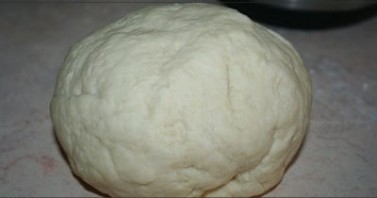 Тесто для пиццы на молоке - фото шаг 7