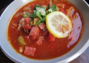 Солянка с оливками и колбасой - фото шаг 4