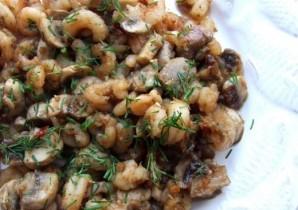 Креветки с грибами - фото шаг 5