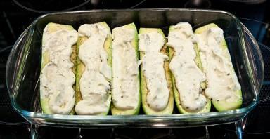 Кабачки, запеченные в духовке со сметаной - фото шаг 2