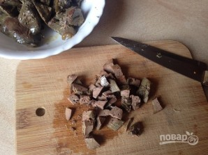 Салат из куриной печени с грибами - фото шаг 2