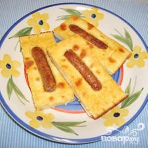 Запеченные блины с сосисками - фото шаг 5