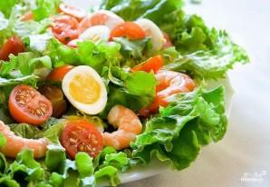 Салат с креветками и яйцом - фото шаг 3