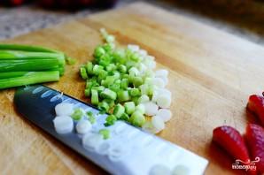 Салат с клубникой и курицей - фото шаг 6
