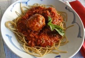 Паста с фрикадельками в томатном соусе - фото шаг 7