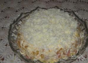 Салат с семгой и красной икрой - фото шаг 3