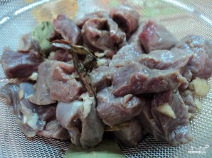 Свинина, тушенная в пиве - фото шаг 4