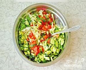 Летний салат по-молдавски - фото шаг 4