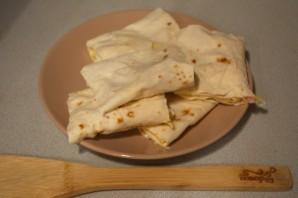 Лаваш с ветчиной и твердым сыром - фото шаг 4